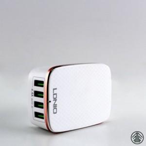 POLNILEC USB LDNIO 4 PORTS 5V/4.4A/22W A4404 BEL